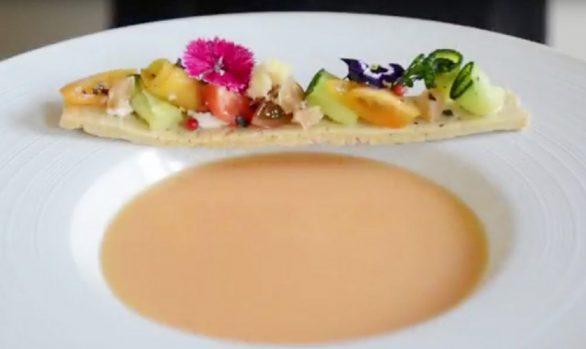 Gazpacho de nectarina emulsionado con AOVE