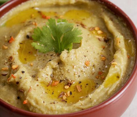 Hummus con Alubias y Aguacate